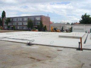 HUBERT J.E., s.r.o. Sereď  - Výrobná budova , kotolňa - zakladanie stavby
